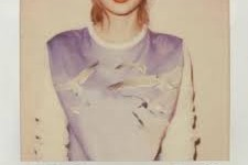 'Taylor Swift 1989′ – The spunky songstress tops charts again