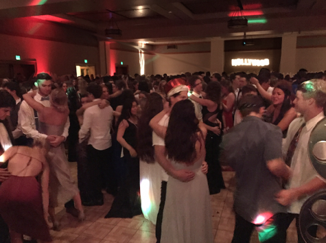 At prom, Hollywood meets Lincoln