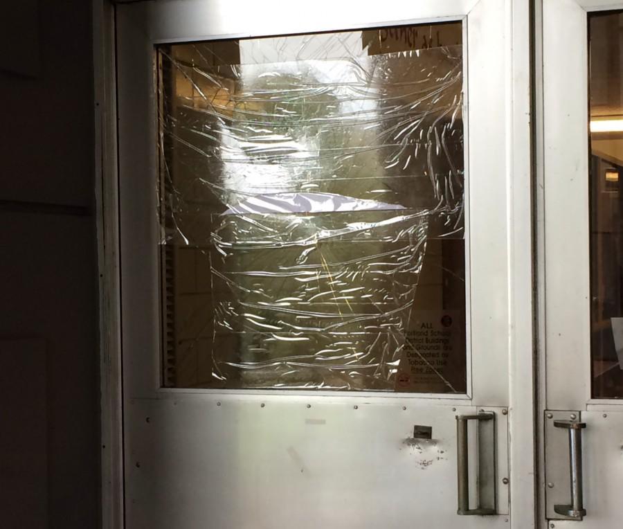 Front+entrance+windows+smashed+overnight