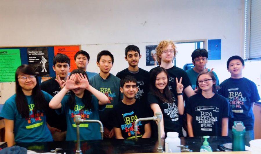 Science+Bowl+members%2C+from+left%2C+senior+Lang+Ming%2C+junior+Sameer+Suri%2C+freshman+Natalie+Wang.+junior+Simon+Chow+Junior%2C+sophomore+Danny+Luo%2C+senior+Siddharth+Suri%2C+sophomore+Ashok+Kaushik%2C+juniors+Elaine+Yang+and+Anders+Olsen%2C+senior+Kian+Patel%2C+freshman+Zoe+Greenwald%2C+sophomore+Randy+Zhang.