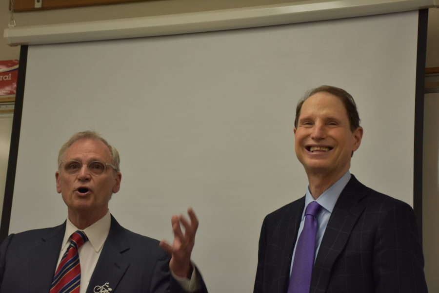 Rep.+Earl+Blumenauer+%28left%29+and+Sen.+Ron+Wyden+speak+to+Lincoln+students+April+17.
