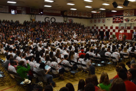 Senior assembly marks an end for Class of 2017