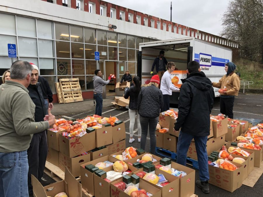 Annual+food+drive+feeds+over+500+families