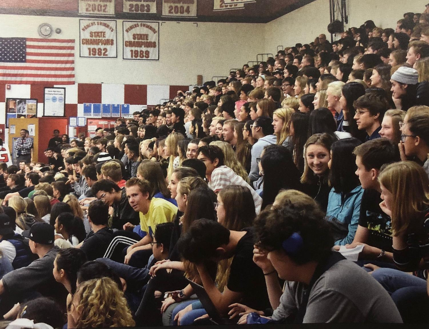 Students watch Hoopfest during the 2018-19 school year. Photo courtesy of the Lincoln Yearbook team.