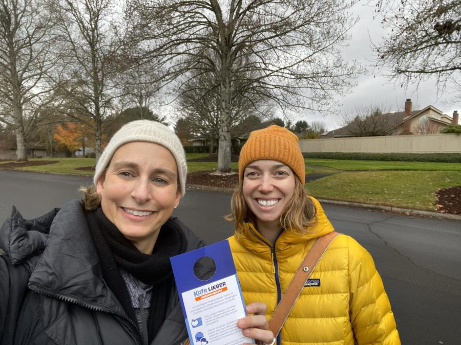 Caption%3A+Kate+Lieber+%28left%29+and+Anna+Rozzi+%28right%29+canvassing+for+Lieber%27s+Oregon+State+Senate+campaign+in+Jan.+2020+%28pre-COVID-19%29.