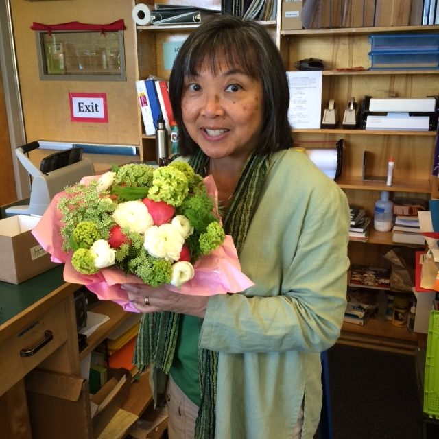 Linda Doler, Lincolns library assistant for ten years, is retiring.