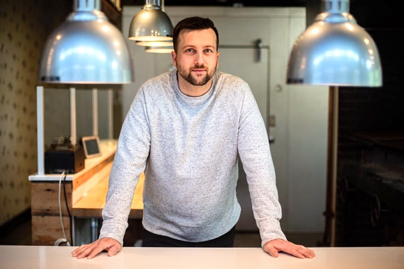Portland-based chef Gabriel Pascuzzi was recently featured on Top Chef. Pascuzzi recently sat down with the Cardinal Times to discuss his life and experiences on the show.